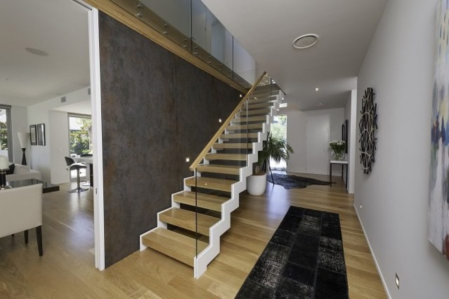 Model 300 – Zig-zag Staircase